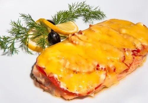 Рыба с сыром в духовкеы