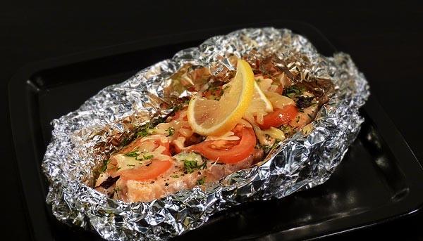 Рыба стейк в фольге в духовке с фото
